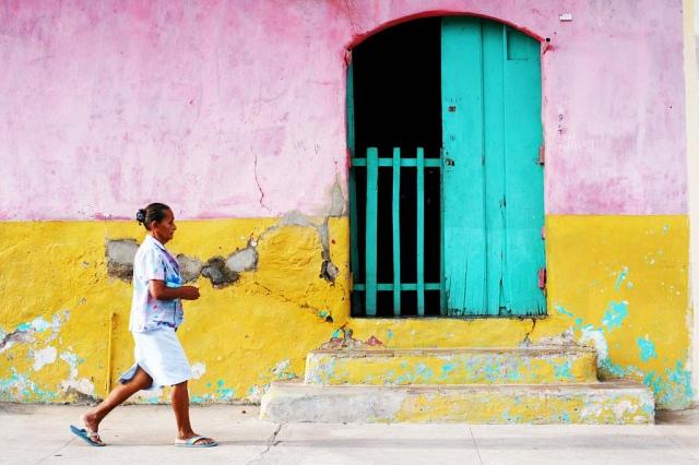 Woman in Granada, Nicaragua. Photo by Elaine Faith, Creative Commons License.