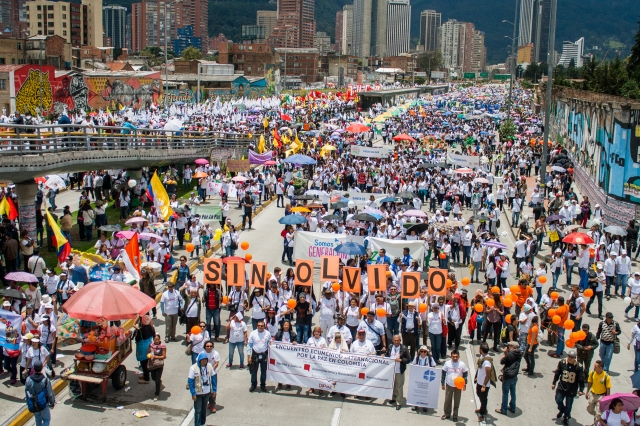 Colombians march in memory of victims of armed conflict. Photo: Anna Vogt